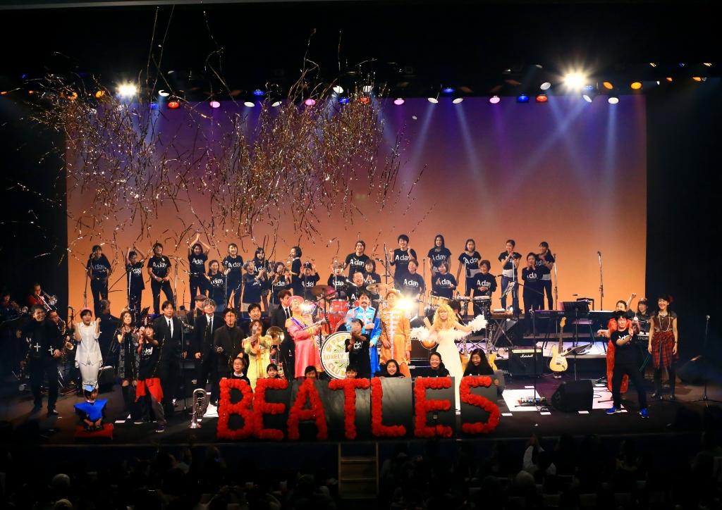 コンサートで客席と一体になるにはキャノン砲演出がピッタリ!